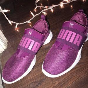 Women's Puma Sneakers Size 9, Never Worn